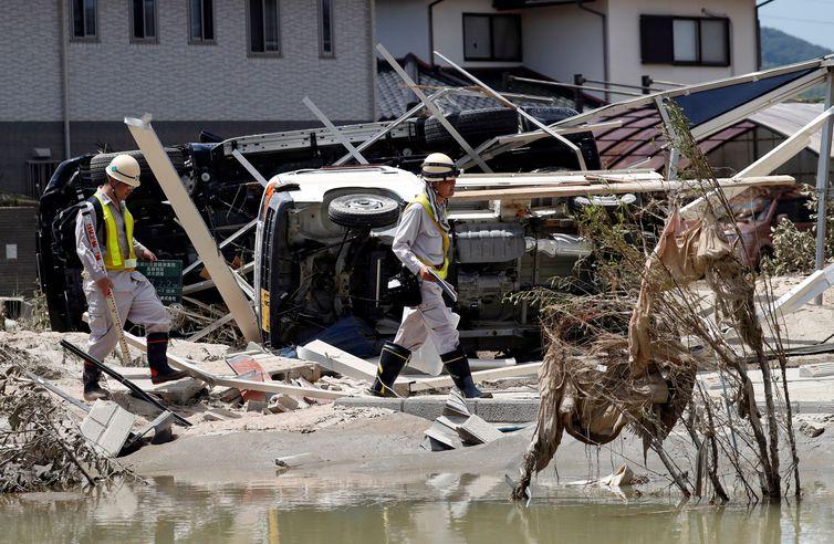 """Passagem do tufão """"Jebi"""" deixa pelo menos 10 mortos e 300 feridos no Japão"""